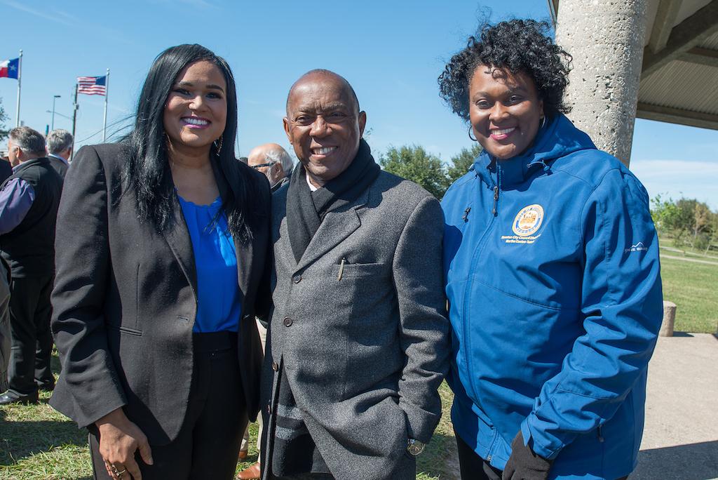 bomd-wwgc-2019-mayor-signing-shell-6473