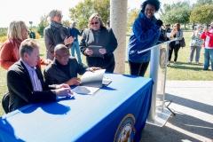 bomd-wwgc-2019-mayor-signing-shell-6404