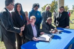 bomd-wwgc-2019-mayor-signing-shell-6415