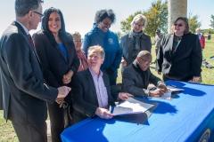 bomd-wwgc-2019-mayor-signing-shell-6416