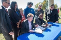 bomd-wwgc-2019-mayor-signing-shell-6420