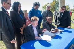 bomd-wwgc-2019-mayor-signing-shell-6421