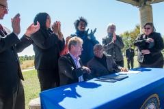 bomd-wwgc-2019-mayor-signing-shell-6427