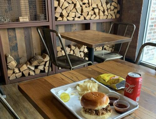 Mo's BBQ & Burgers